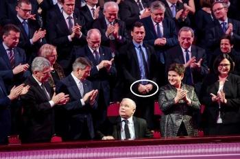 z21300745vjaroslaw-kaczynski-zostal-czlowiekiem-wolnosci-rok
